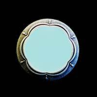 Hellblau- silberfarbene Metallknöpfe