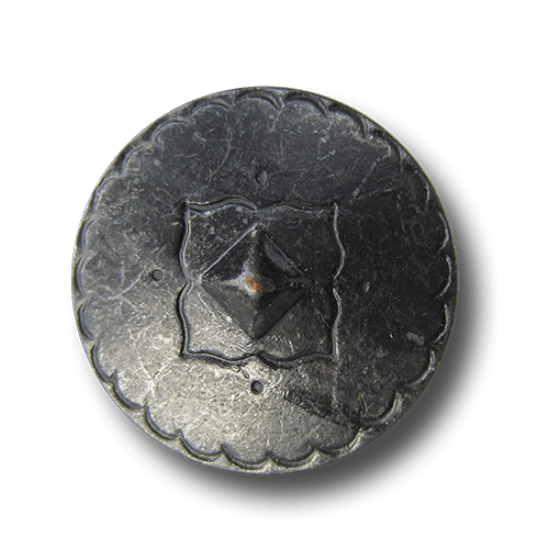 Sehr großer eisenfarbener Mittelalter Metall Knopf