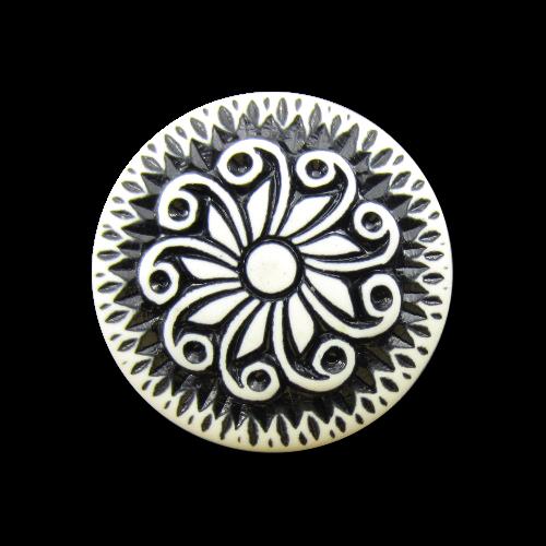 Interessanter schwarz-weißer Knopf