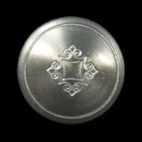 Zinnfarbener leicht gewölbter klassischer Metallknopf