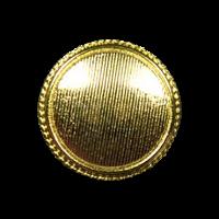Besonders edler, goldfarbener Metallknopf