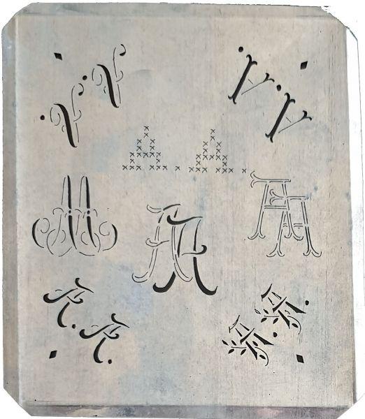 Uralte, silberfarbene Monogrammschablone um 1900 - AA