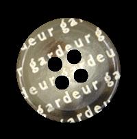 Modischer hellbrauner Designer Knopf mit Buchstaben