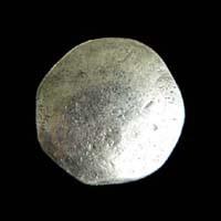 Silberfarbene sehr alt wirkende Knöpfe