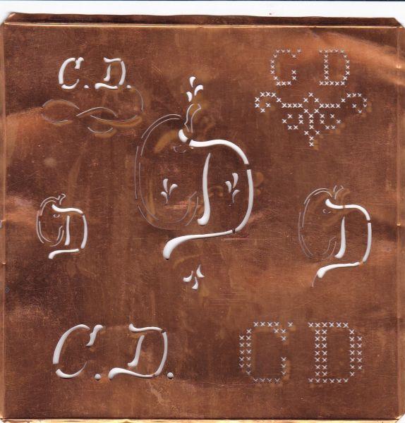 knopfparadies.de - CD-sch-111cu - Hübsche große Kupfer Schablone mit 7 Monogrammvariationen