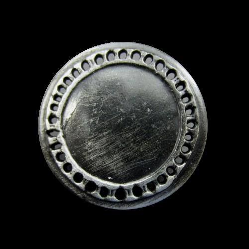Sehr alt wirkende Metallknöpfe