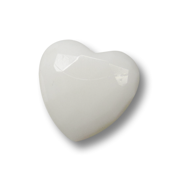 Facettierter weißer Kunststoff Knopf in Herz Form / B-WARE