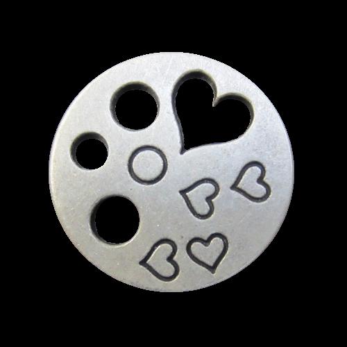 Hübscher Knopf mit Herz-Durchbruch