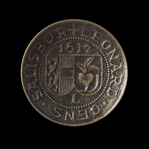 Besonders eindrucksvolle altmessingfarbene Metall Ösen Knöpfe mit Wappen